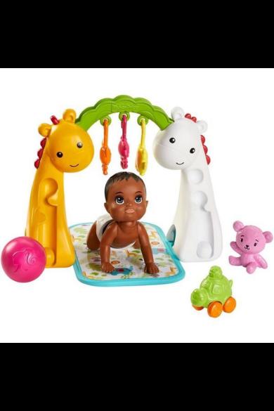 Barbie bébiszitter kisbabák kiegészítőkkel