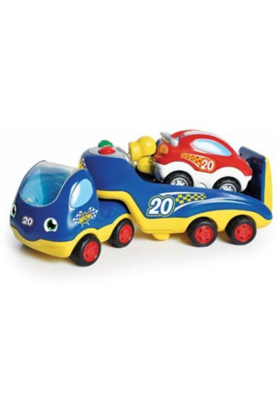 Rocco nagy autóversenye WOW