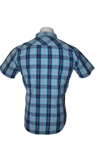 Eredeti CATERPILLAR kockás rövid ujjú férfi ing, kellemes kék színvilággal, pamut anyagösszetételű, SLIM FIT fazonú, M méretben Állapota: újszerű Váll:41 cm Mell:51 cm Hossz: 72 cm Ujjhossz: 22 cm