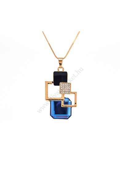 ROME arany női ékköves nyaklánc hosszú láncos, nagy medálos nyaklánc. Geometrikus formatervezésű nagy medál jellemzi, melyet cirkónia kristály berakás, ébenfekete és áttetsző csiszolt üveg díszít. Medál mérete: 5,7-3,5 cm Hossza: 75 cm Színe: áttetsző kri