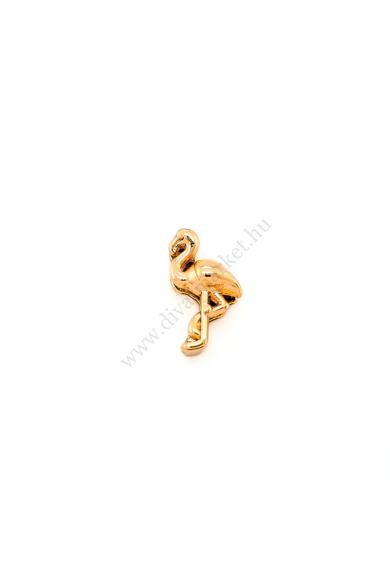 PARIS flamingó charm karkötő kiegészítő flexibilis karkötőhöz, a nyár sláger szimbóluma Színe: arany Anyaga: ötvözet Építs flexibilis karkötőt az általad választott charmokkal!