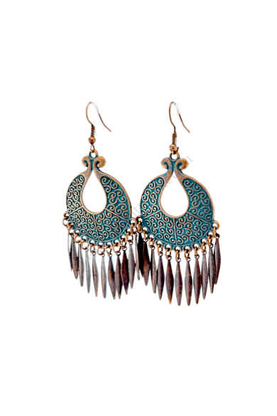 MERSIN női fülbevaló népi ihletésű hosszú fülbevaló Antik bronz és török zöld színvilágú függő. Horogzárral akasztható a fülbe. A népi ízlésvilágot kedvelők számára kifejezetten ajánljuk. Hossza: 7.5 cm Színe: antik bronz, török zöld Anyaga: ötvözet