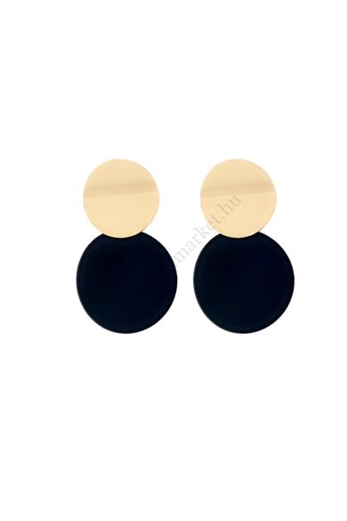 WRENS női geometrikus fülbevaló abszolút a geometrikus formavilágot képviseli ez a dupla lapos kör alakú, egymásra csúsztatott fülbevaló. Matt fekete és fényes aranyszíne színe mindig alkalmas ugyan úgy, mint az a bizonyos kicsi fekete koktélruha. Hossza: