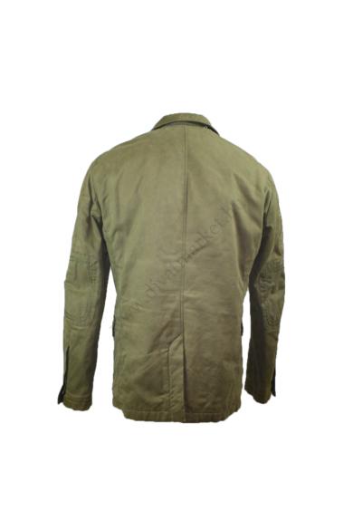 Eredeti GAS férfi hosszított fazonú téli kabát, kellemes khaki színben, 100% pamut anyag összetételű, vastagon bélelt, könyökfoltos díszítésű, ujjai vége gombos, végig cipzáras és gombos, rejtett kapucnis, L méretben, állapota: újszerű, mért adatok: váll