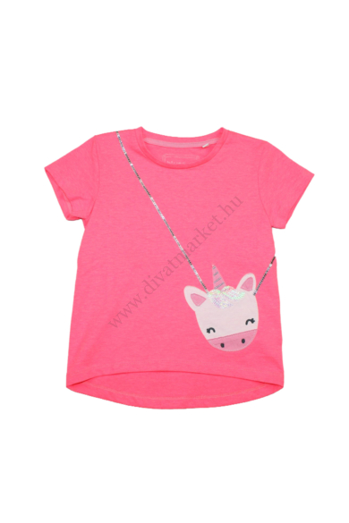 UNIKORNIS lány rövid ujjú póló, 2-3 éves 92-98 cm méretben, állapota: újszerű, mért adatok: váll szélesség: 27 cm mellszélesség: 32 cm hossz: 37-40 cm ujjhossz: 9 cm
