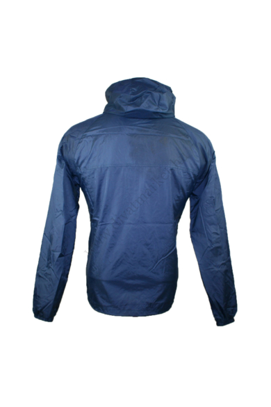 SUPERDRY SPORT férfi átmeneti kabát/dzseki, kellemes sötétkék színben, víz és szélálló anyagösszetételű,vékonyan bélelt,ujjai vége gumis passzéban végződik,derék része összehúzható, kapucnis (nem levehető), cipzáras, M méretben, állapota: újszerű,
