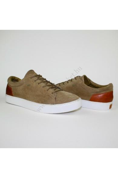 Eredeti BOXFRESH férfi bőr (velúr) sportos cipő, kellemes világos barna színben, kívül-belül bőr anyagú, kényelmes viseletet biztosít, fűzős, uk8 42.5 méretben Állapota: újszerű Belső talphossz: 27.5 cm Sarokmagasság: 2.5 cm