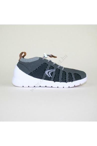 Eredeti CLARKS gyerek sportos cipő, kellemes szürke, fekete színben, gyorsfűzős, extra puha kivehető talpbélése kényelmes viseletet biztosít, uk12 30 méretben Állapota: újszerű Belső talphossz: 18.5 cm Sarokmagasság: 3 cm