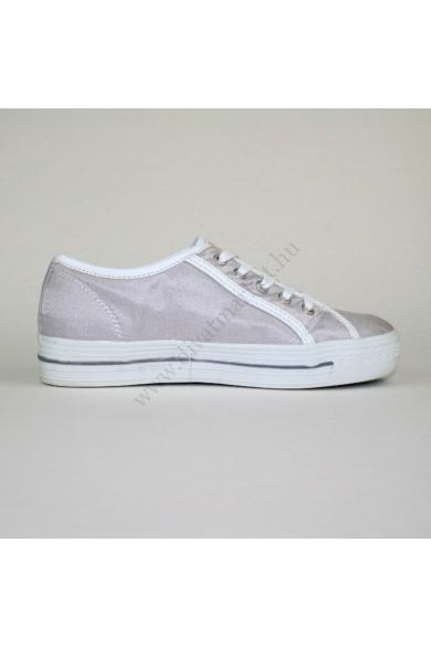Eredeti TOM TAILOR női sportos cipő, kellemes ezüst színben, magasított talprésszel, kényelmes viseletet biztosít, uk4 37 méretben Állapota: újszerű Belső talphossz: 23.5 cm Sarokmagasság: 3 cm