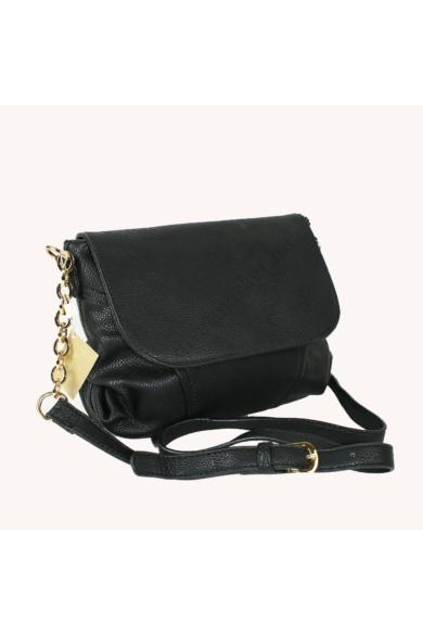 CARPISA női oldaltáska fekete színben BS422303W16 modell
