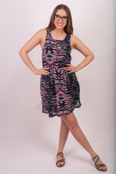 VERO MODA női ruha, kellemes fekete mintás színvilággal, 10129935 modell