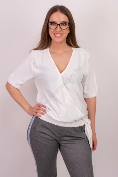 SISTERS POINT női felső/blúz, kellemes fehér színvilággal, GALVA-SS modell,