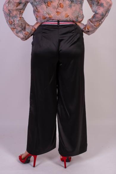SISTERS POINT női hosszúnadrág, kellemes fekete színvilággal, VITORIA-PA modell