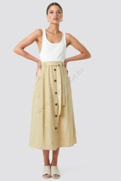 SISTERS POINT női szoknya, kellemes homok színvilággal, BINA-PA1 modell